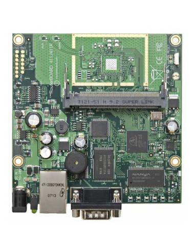 2 x SXT High Power PtP link over 200Mbps NV2 over 1000mW